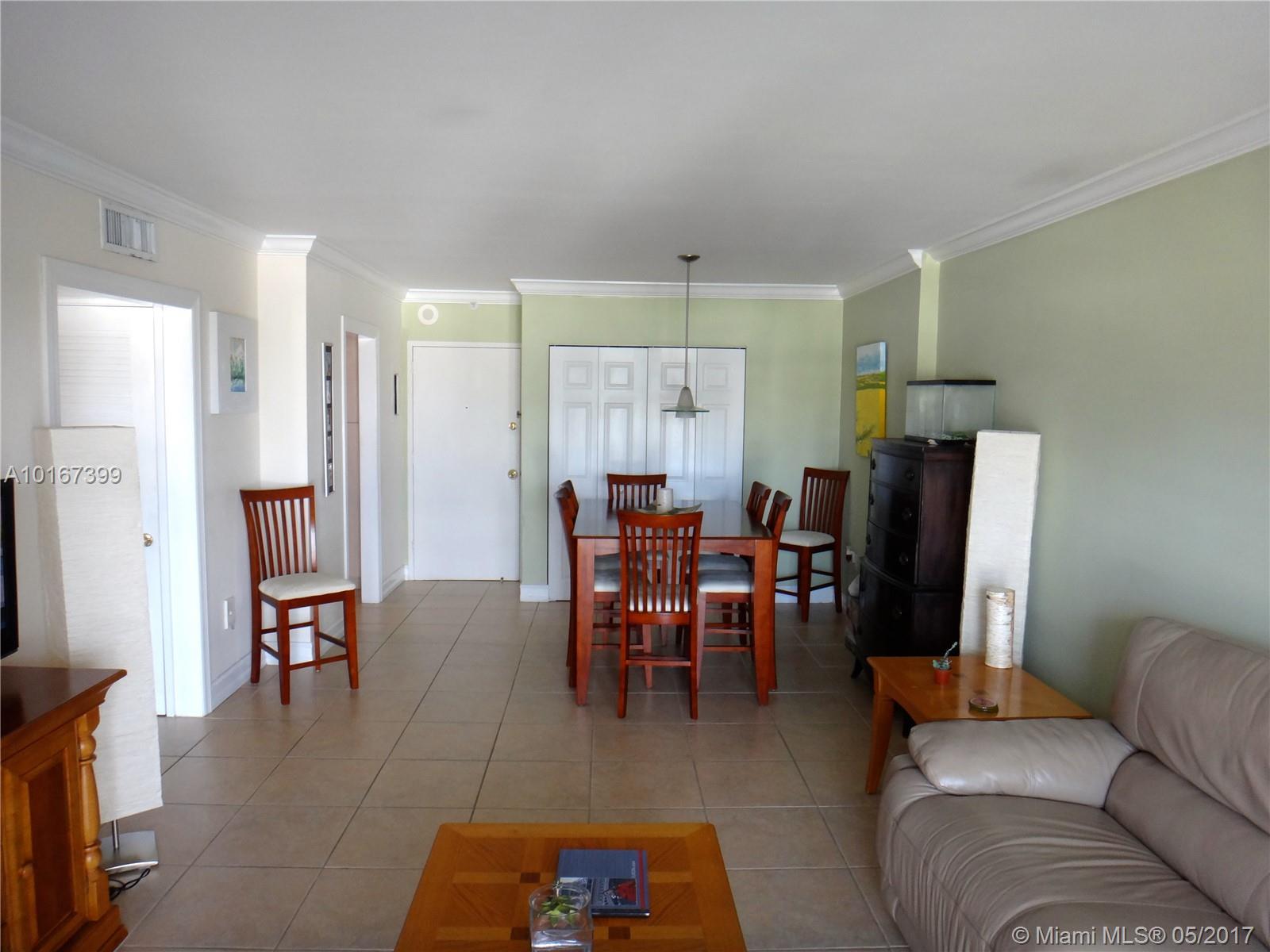 400 Kings Point Dr # 917, Sunny Isles Beach, FL 33160
