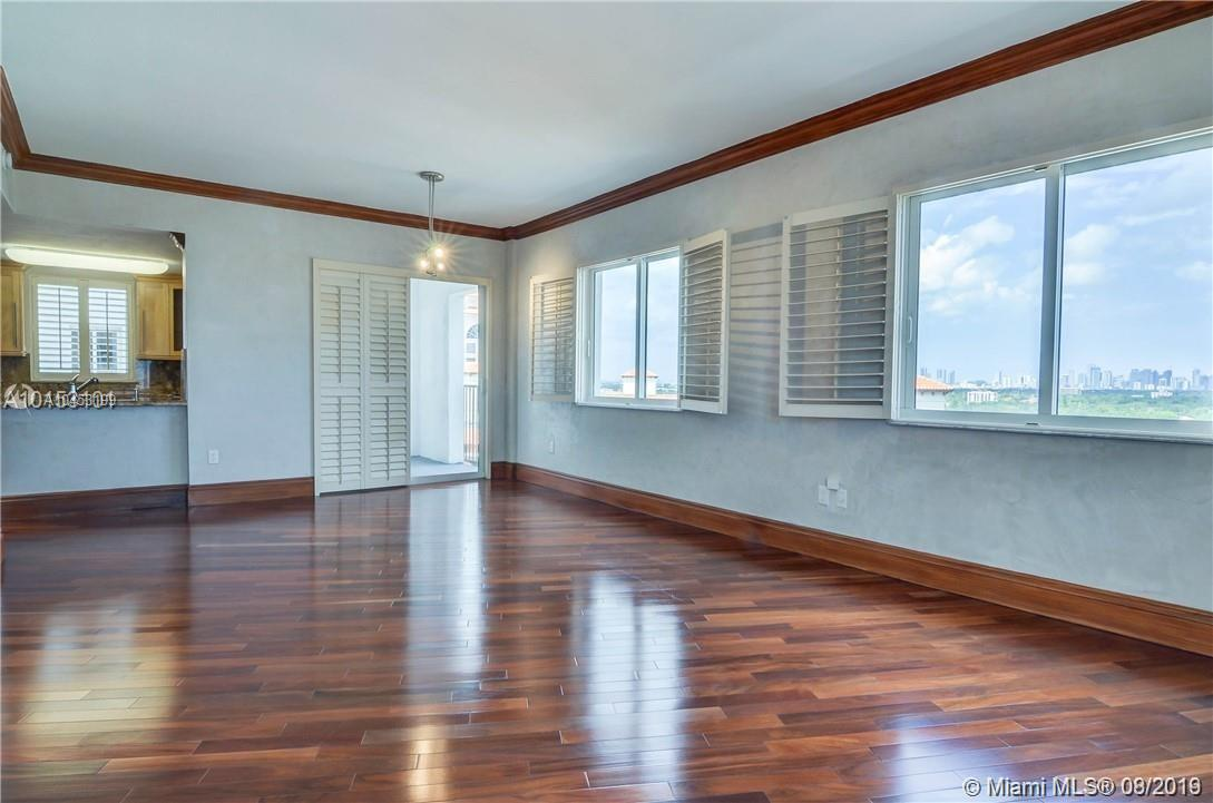 10 Aragon Ave #1016, Coral Gables FL, 33134